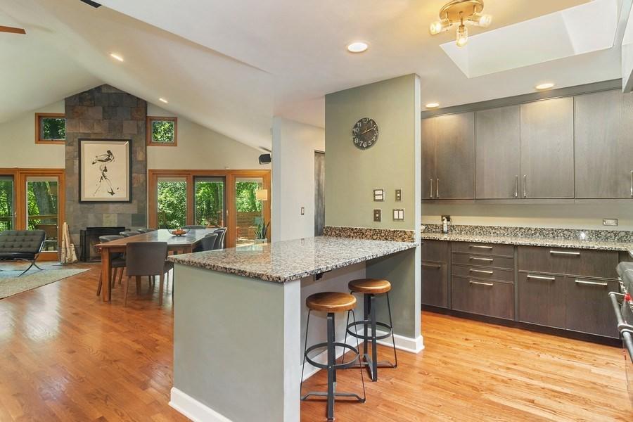 Real Estate Photography - 21116 N. Prestwick Drive, Barrington, IL, 60010 - kitchen