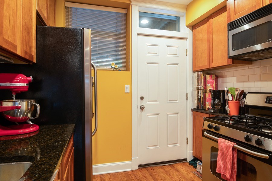 Real Estate Photography - 3652 W. BELLE PLAINE Avenue, Unit 204, Chicago, IL, 60618 - Kitchen