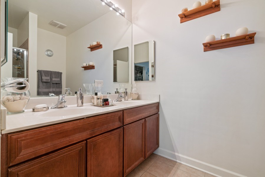 Real Estate Photography - 1841 South Calumet Ave, 2205, Chicago, IL, 60616 - Master Bathroom