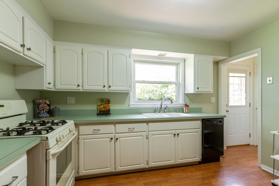 Real Estate Photography - 834 S. Arlington Heights Road, Arlington Heights, IL, 60005 - Kitchen