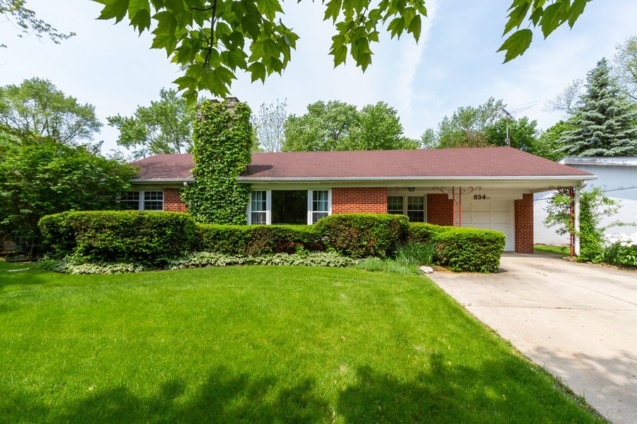 Real Estate Photography - 834 S. Arlington Heights Road, Arlington Heights, IL, 60005 - Front View