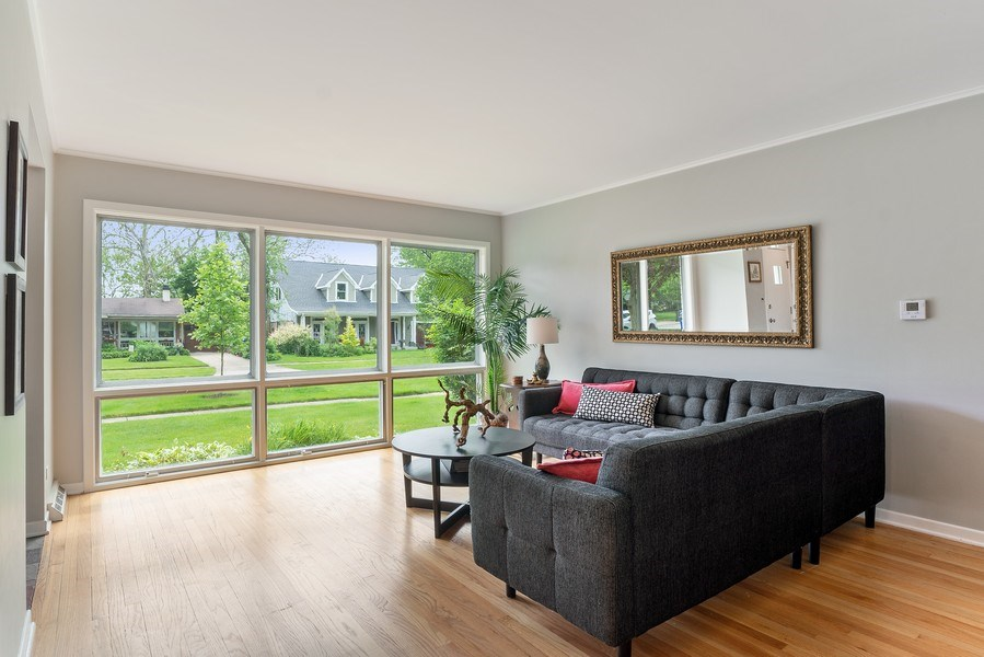 Real Estate Photography - 336 Indian Drive, Glen Ellyn, IL, 60137 - Living Room