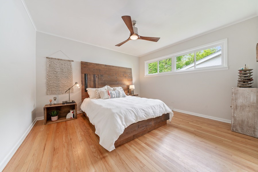 Real Estate Photography - 336 Indian Drive, Glen Ellyn, IL, 60137 - Master Bedroom