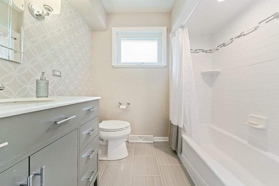 Real Estate Photography - 336 Indian Drive, Glen Ellyn, IL, 60137 - Bathroom