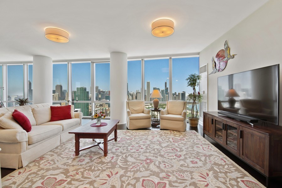 Real Estate Photography - 1211 S. Prairie Avenue, Unit 5005, Chicago, IL, 60605 - Living Room