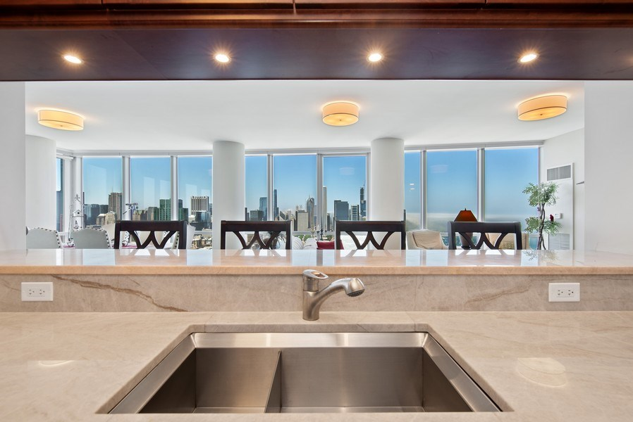 Real Estate Photography - 1211 S. Prairie Avenue, Unit 5005, Chicago, IL, 60605 - Kitchen