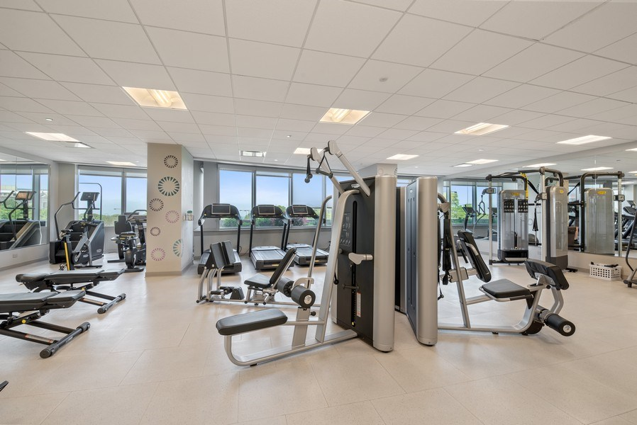 Real Estate Photography - 1211 S. Prairie Avenue, Unit 5005, Chicago, IL, 60605 - Exercise Room