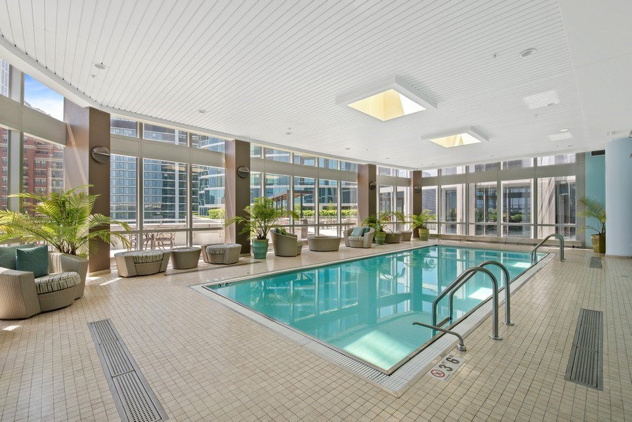 Real Estate Photography - 1211 S. Prairie Avenue, Unit 5005, Chicago, IL, 60605 - Indoor Pool