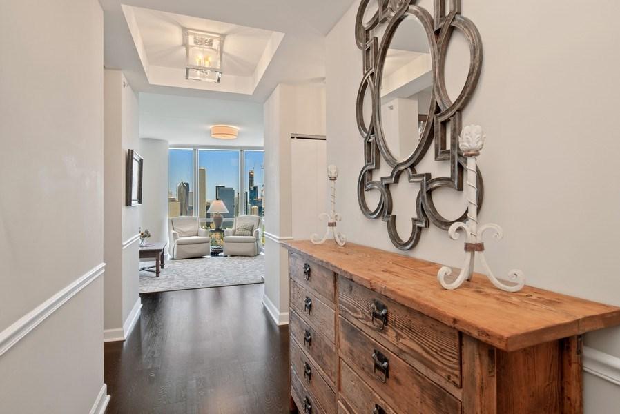 Real Estate Photography - 1211 S. Prairie Avenue, Unit 5005, Chicago, IL, 60605 - Foyer