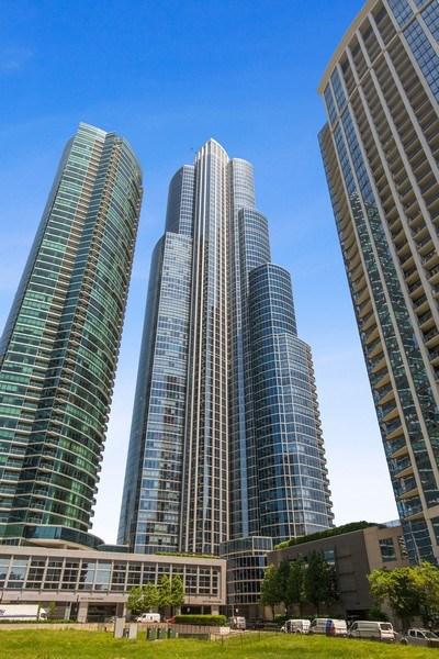 Real Estate Photography - 1211 S. Prairie Avenue, Unit 5005, Chicago, IL, 60605 - Front View