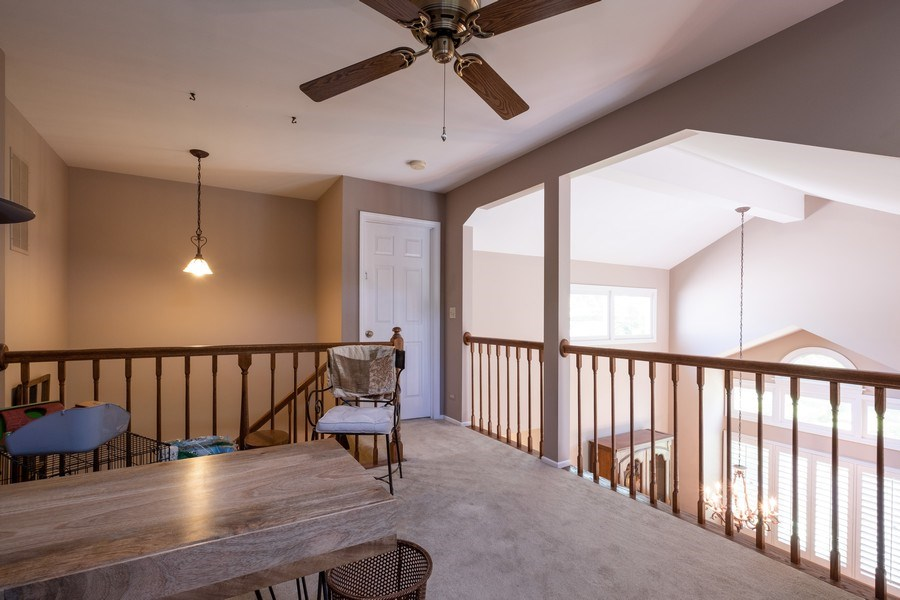Real Estate Photography - 1379 Glengary Ln, L, Wheeling, IL, 60090 - Loft