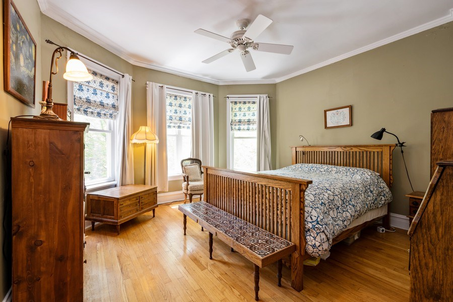 Real Estate Photography - 1456 W. Thome Avenue, Chicago, IL, 60660 - Master Bedroom
