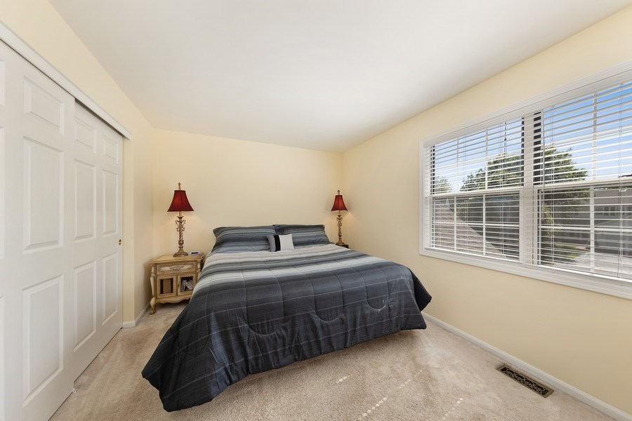 Real Estate Photography - 1163 Donegal Lane, Barrington, IL, 60010 - 3rd Bedroom
