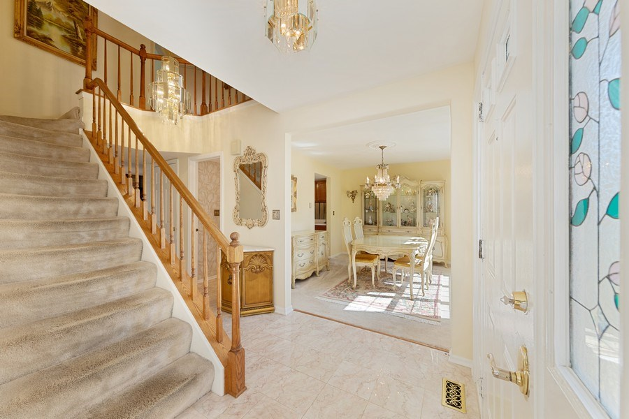 Real Estate Photography - 1163 Donegal Lane, Barrington, IL, 60010 - Foyer