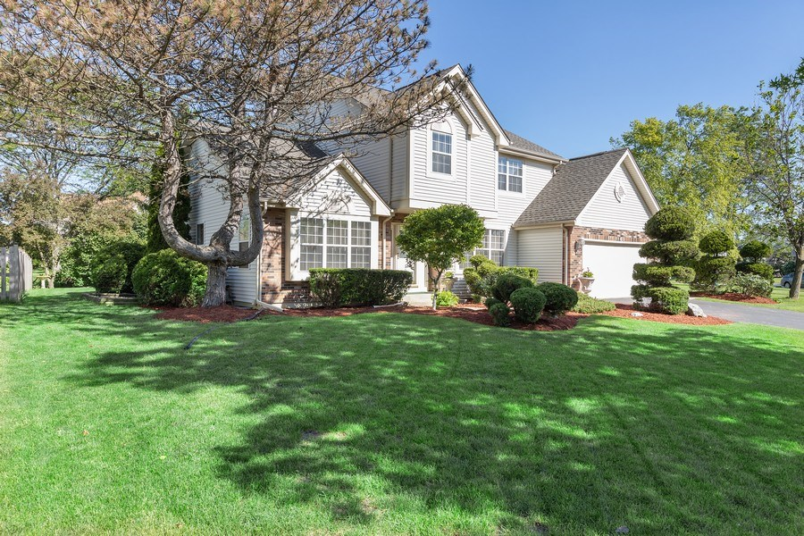 Real Estate Photography - 1163 Donegal Lane, Barrington, IL, 60010 - Front View