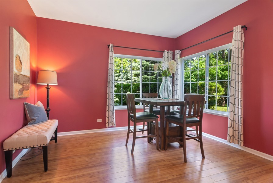 Real Estate Photography - 442 Jamestown Court, Aurora, IL, 60502 - Dining Room