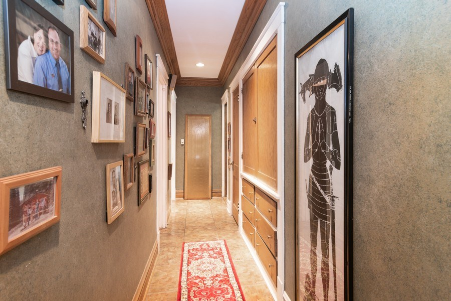Real Estate Photography - 202 North Ridgeland Ave, Oak Park, IL, 60302 - HALLWAY - First Floor
