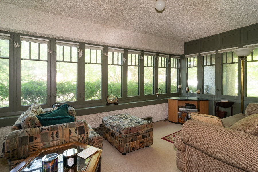 Real Estate Photography - 202 North Ridgeland Ave, Oak Park, IL, 60302 - SUN ROOM - First Floor