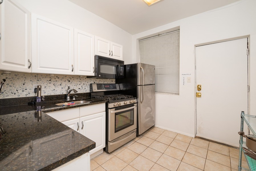 Real Estate Photography - 3556 North Wilton Ave, Chicago, IL, 60657 - Kitchen