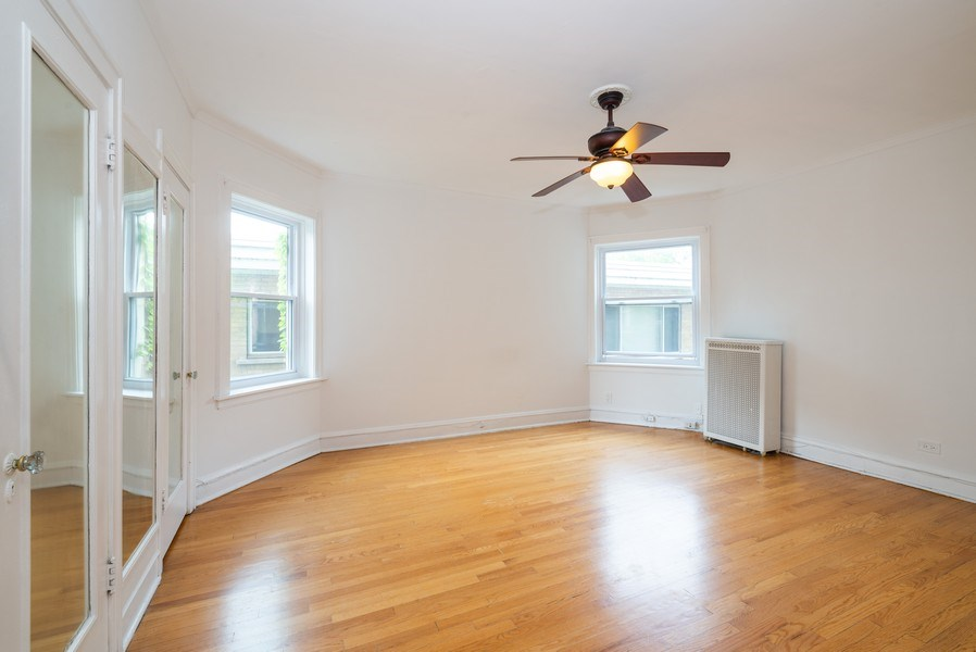 Real Estate Photography - 7355 N. Winchester Avenue, Chicago, IL, 60626 - 2nd Floor Bedroom