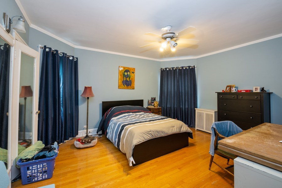 Real Estate Photography - 7355 N. Winchester Avenue, Chicago, IL, 60626 - 1st Floor Bedroom