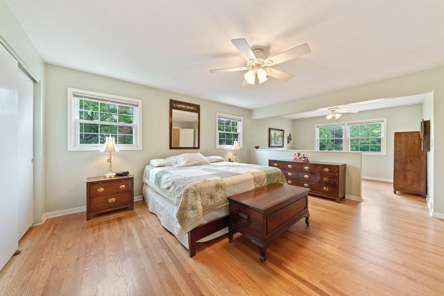 Real Estate Photography - 308 South Park Blvd, Glen Ellyn, IL, 60137 - Master Bedroom