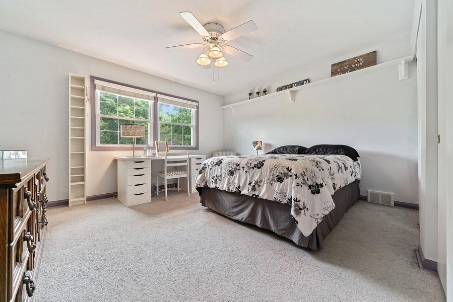 Real Estate Photography - 308 South Park Blvd, Glen Ellyn, IL, 60137 - 3rd Bedroom