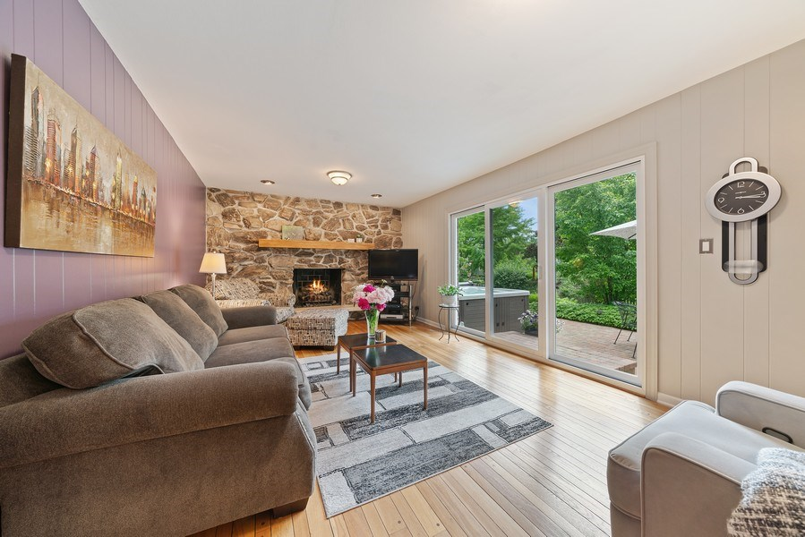 Real Estate Photography - 308 South Park Blvd, Glen Ellyn, IL, 60137 - Family Room