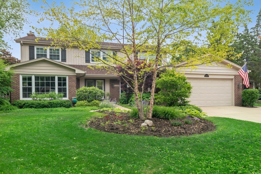 Real Estate Photography - 308 South Park Blvd, Glen Ellyn, IL, 60137 - Front View