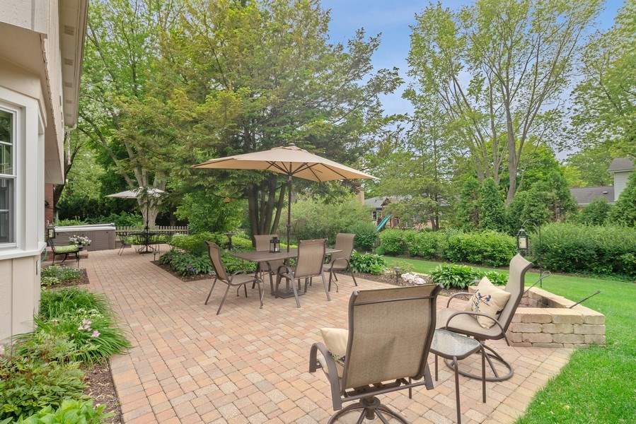 Real Estate Photography - 308 South Park Blvd, Glen Ellyn, IL, 60137 - Patio