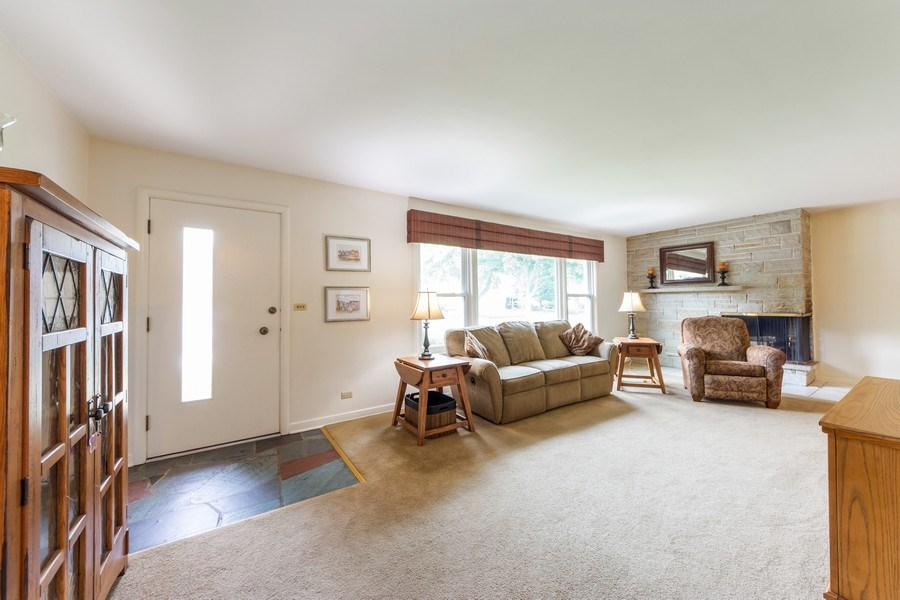 Real Estate Photography - 715 W. Rockwell Street, Arlington Heights, IL, 60005 - Foyer/Living Room