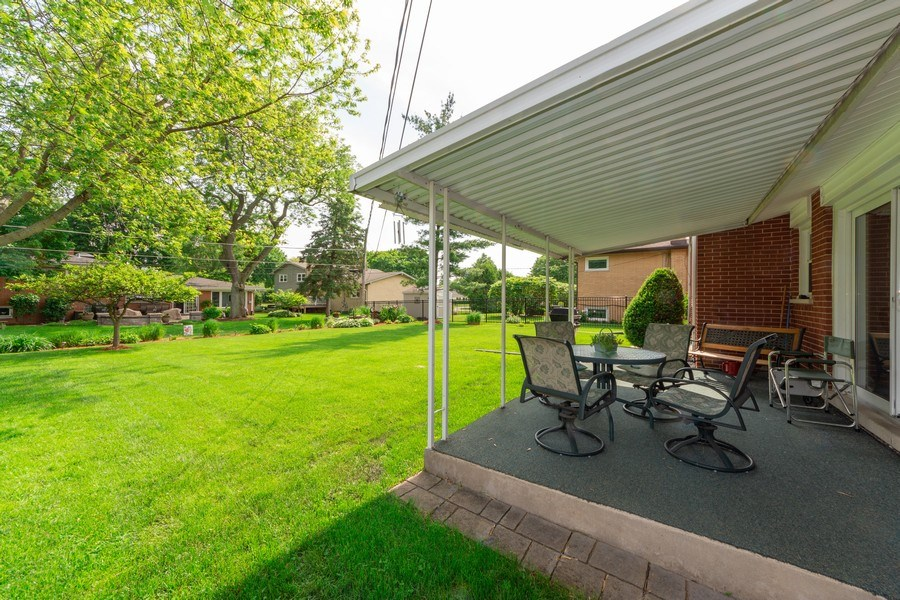 Real Estate Photography - 715 W. Rockwell Street, Arlington Heights, IL, 60005 - Patio