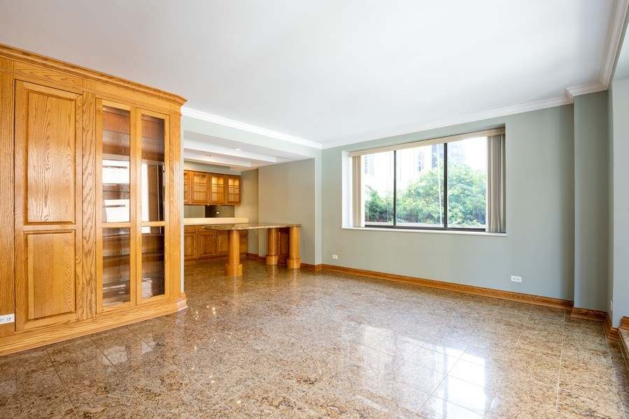 Real Estate Photography - 40 E. Delaware Place, Unit 503, Chicago, IL, 60611 - Living Room / Dining Room