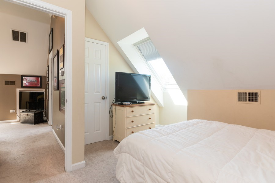 Real Estate Photography - 12 S. Quincy Street, Hinsdale, IL, 60521 - 2nd Bedroom