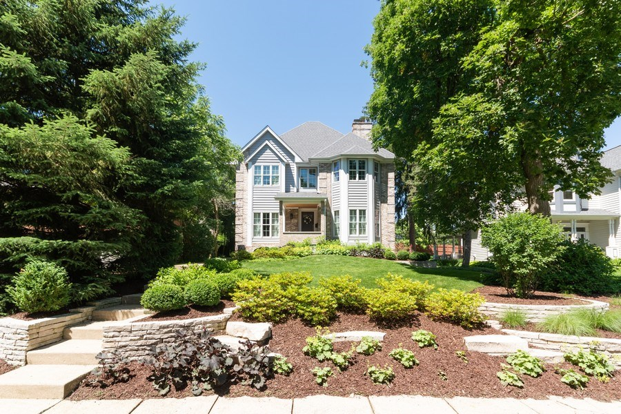 Real Estate Photography - 12 S. Quincy Street, Hinsdale, IL, 60521 - Front View