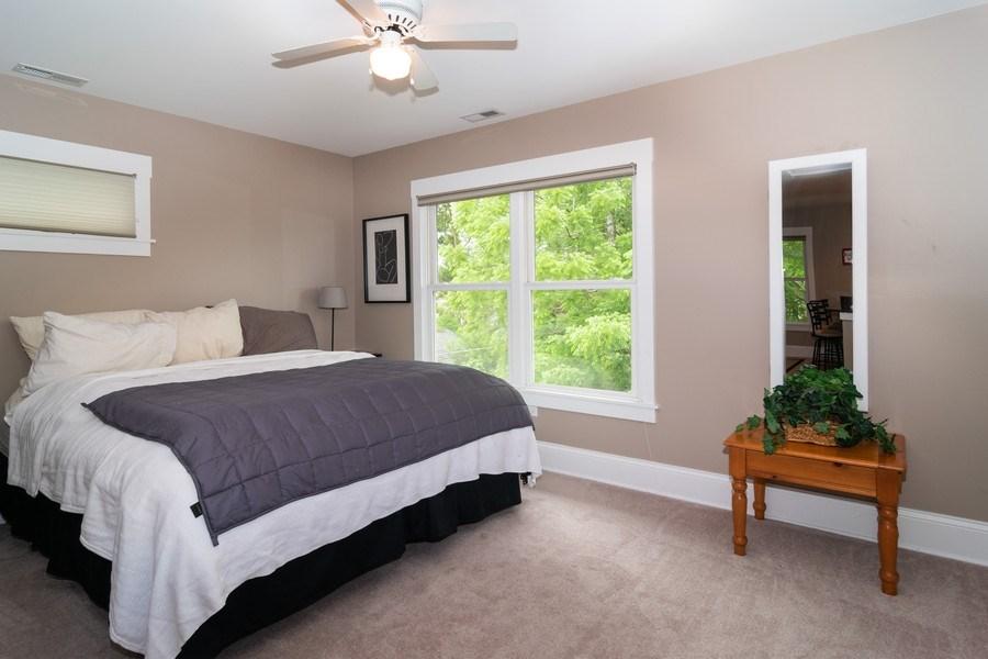 Real Estate Photography - 725 Belleforte Avenue, Oak Park, IL, 60302 - Apartment bedroom