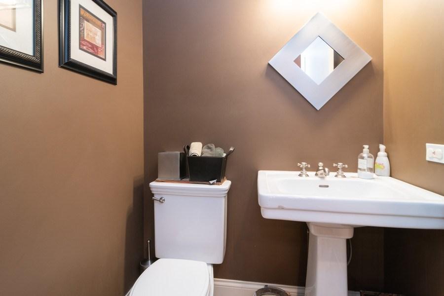 Real Estate Photography - 725 Belleforte Avenue, Oak Park, IL, 60302 - Powder room