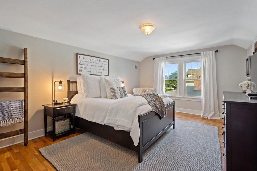 Real Estate Photography - 215 Coolidge Avenue, Barrington, IL, 60010 - Master Bedroom