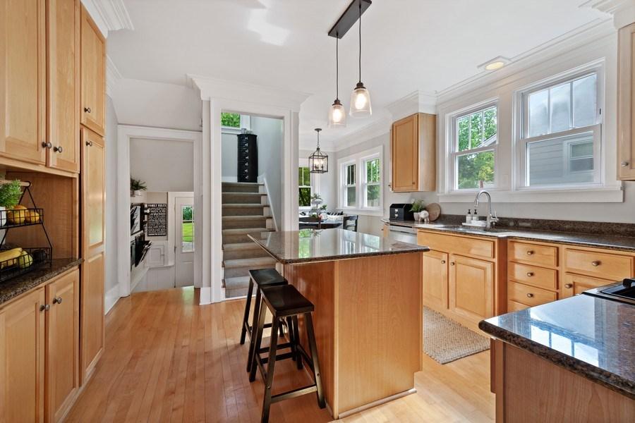 Real Estate Photography - 215 Coolidge Avenue, Barrington, IL, 60010 - Kitchen