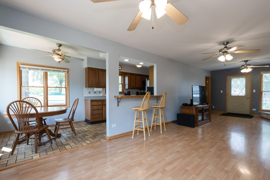 Real Estate Photography - 27160 West Sunset Ave, Antioch, IL, 60002 - Kitchen / Breakfast Room