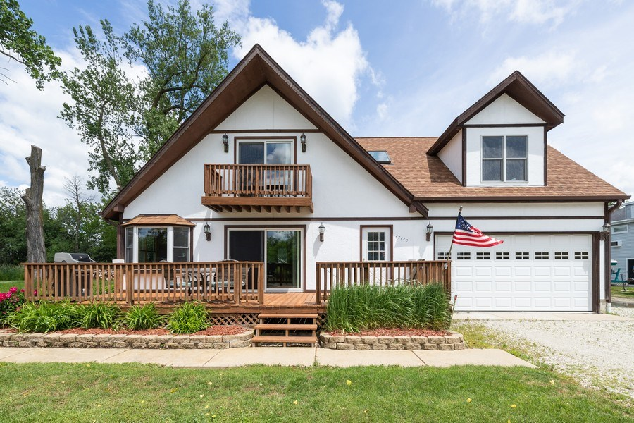 Real Estate Photography - 27160 West Sunset Ave, Antioch, IL, 60002 - Front View