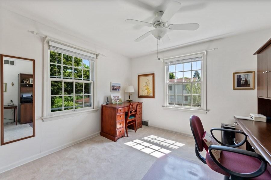 Real Estate Photography - 382 Ridgewood Avenue, Glen Ellyn, IL, 60137 - 2nd Bedroom