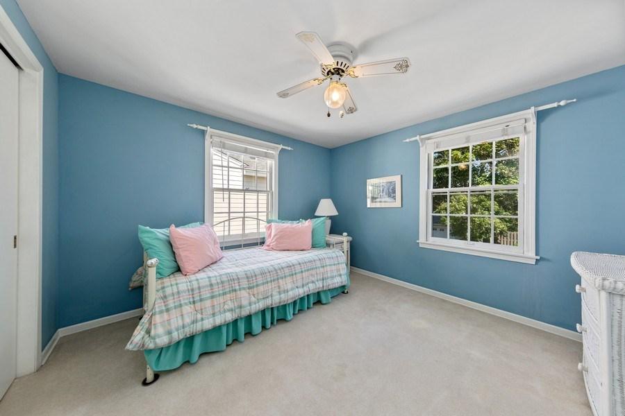 Real Estate Photography - 382 Ridgewood Avenue, Glen Ellyn, IL, 60137 - Bedroom