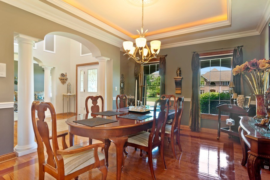 Real Estate Photography - 117 LUCY Court, Lake Zurich, IL, 60047 - Dining Room