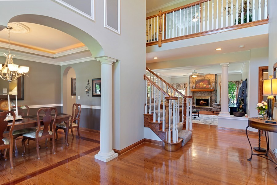 Real Estate Photography - 117 LUCY Court, Lake Zurich, IL, 60047 - Foyer