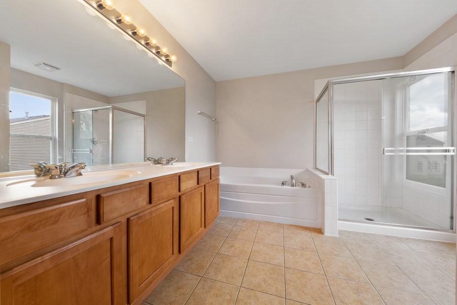 Real Estate Photography - 2 Honeysuckle Court, Bolingbrook, IL, 60490 - Master Bathroom