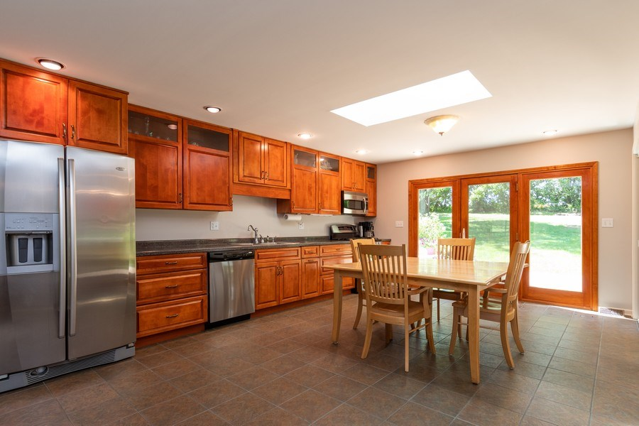 Real Estate Photography - 79 Highview Drive, Yorkville, IL, 60560 - Kitchen / Breakfast Room