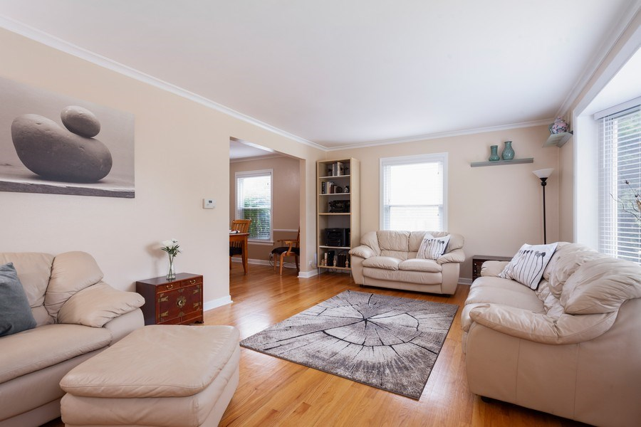 Real Estate Photography - 1621 Belleview Avenue, Westchester, IL, 60154 - Sun Filled Living Room
