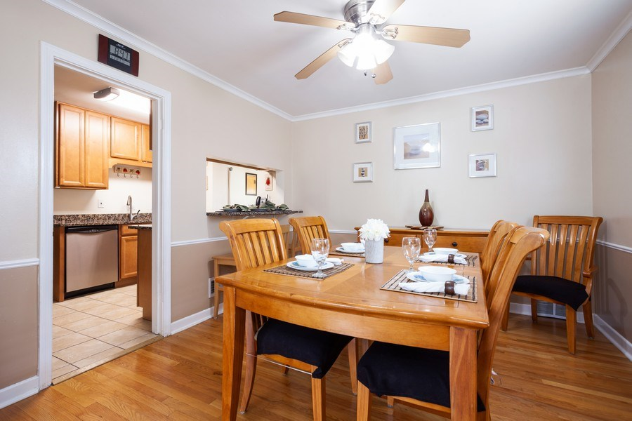 Real Estate Photography - 1621 Belleview Avenue, Westchester, IL, 60154 - Dining Features Breakfast Bar