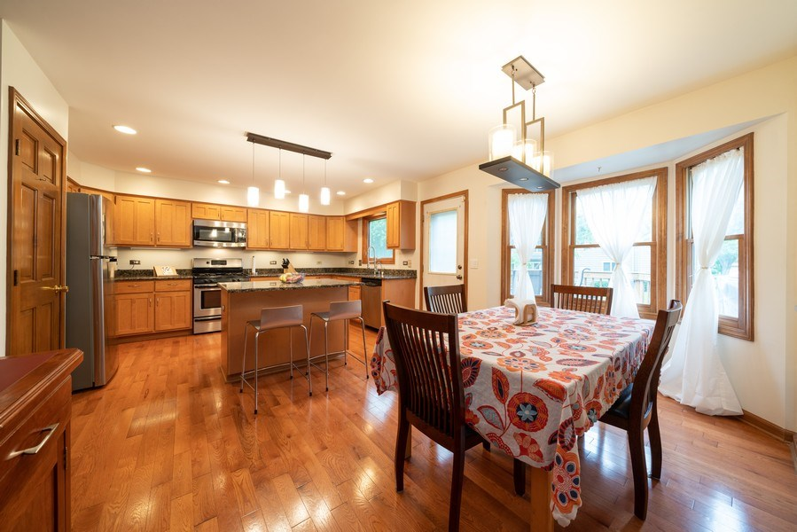 Real Estate Photography - 1167 Book Road, Naperville, IL, 60540 - Kitchen / Breakfast Room